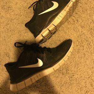Nike black free run 5.0 size US 7.5 EU 38.5